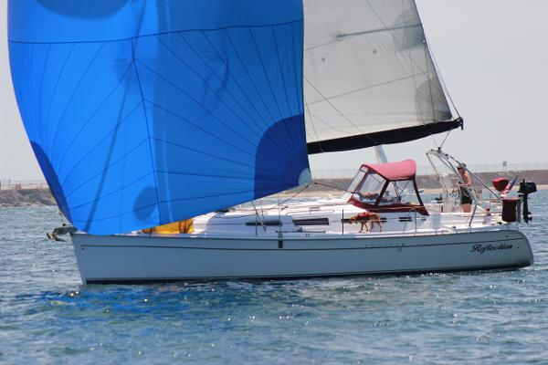 Hunter 38 Sailing