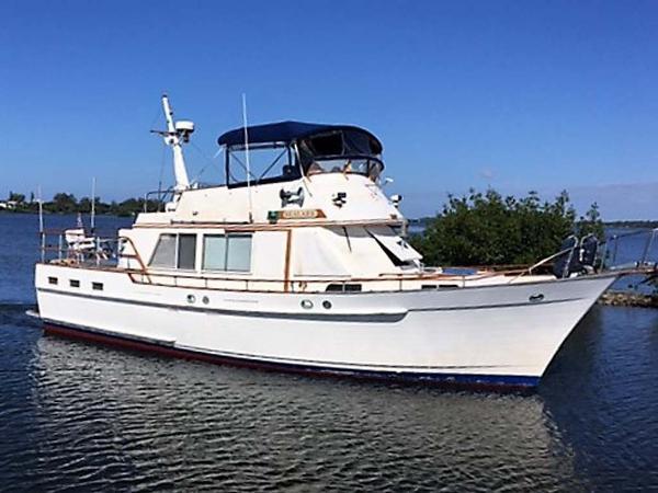 Island Gypsy 44 Flush Aft Deck Starboard Profile