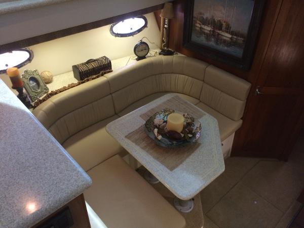 Carver 405 Aft Cabin Motoryacht