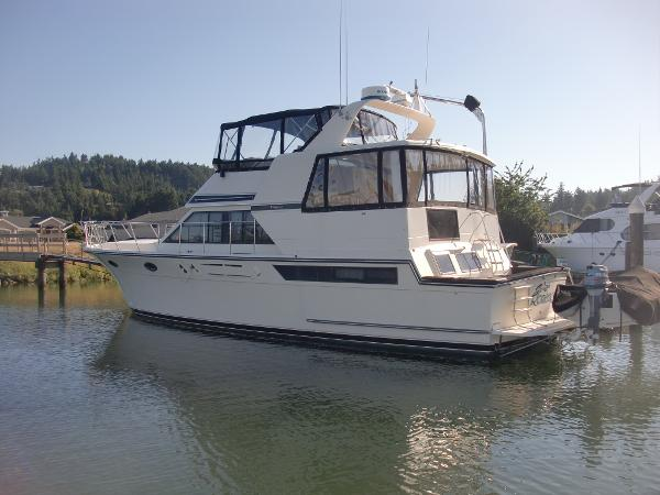 "Californian 48 Cockpit Motor Yacht ""Secret Romance"""