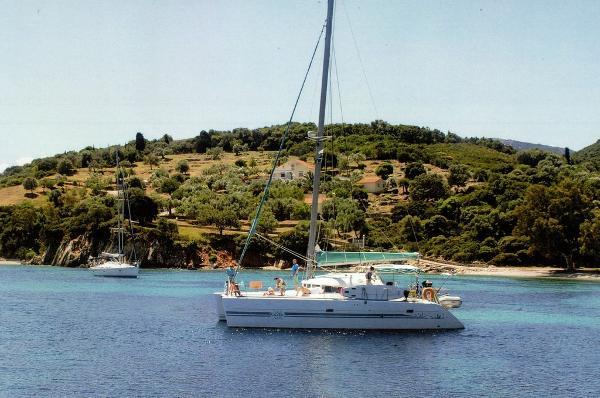 Lagoon 410