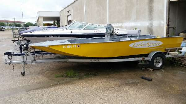 Lakesport MV20CC
