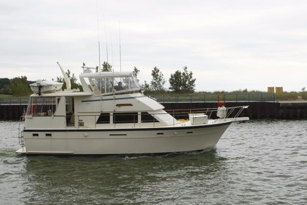 1985 hatteras 43 motoryacht holland michigan for Outboard motors for sale in michigan
