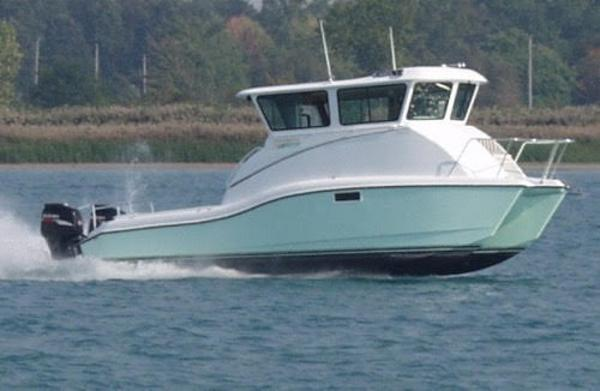 Catamaran Pilothouse