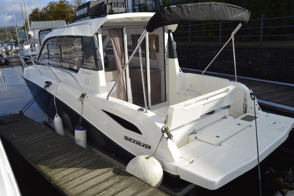 Quicksilver 755 Weekender Quicksilver 755 Weekender port view