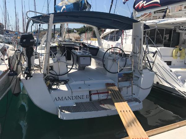 Beneteau Oceanis 41 Stern