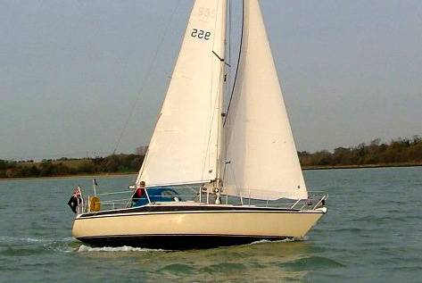 Maxi Maxi 108 sloop Under sail