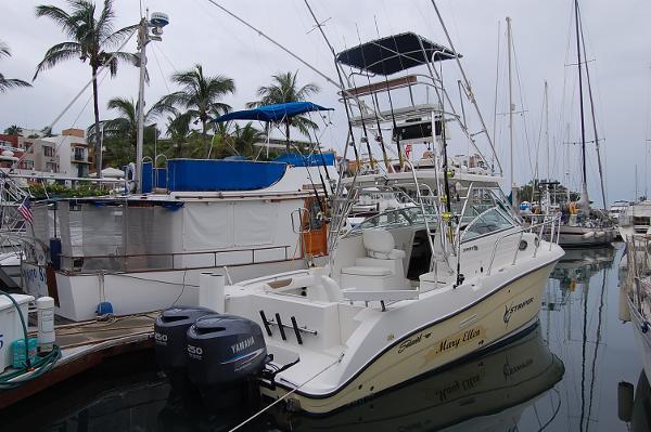 Striper Seaswirl BOAT DOCK SIDE