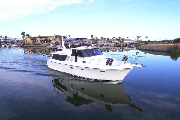 Symbol 48 Pilothouse