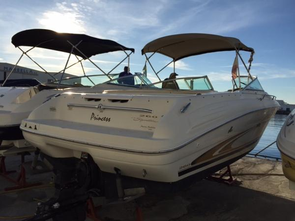 Sea Ray 260 Bow Rider Princess