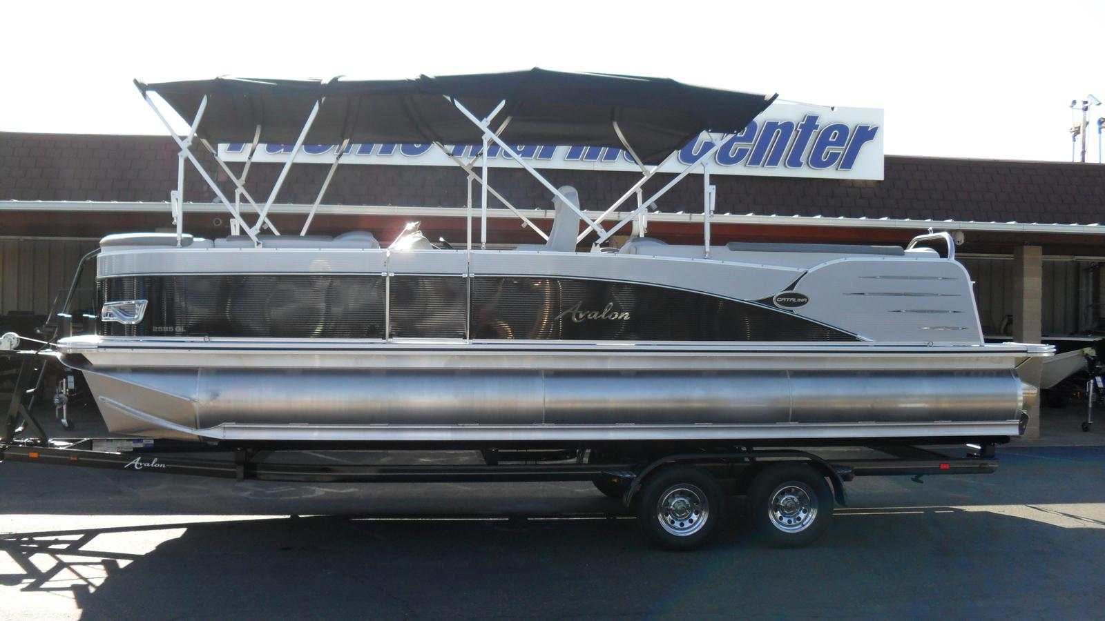 Avalon Catalina Quad Lounge 25-Mercury 150
