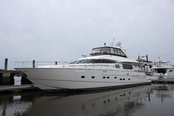 Viking Sport Cruiser Princess Yachts 84 Profile