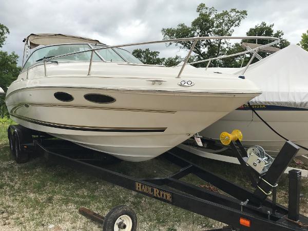 Sea Ray 260 Closed Bow