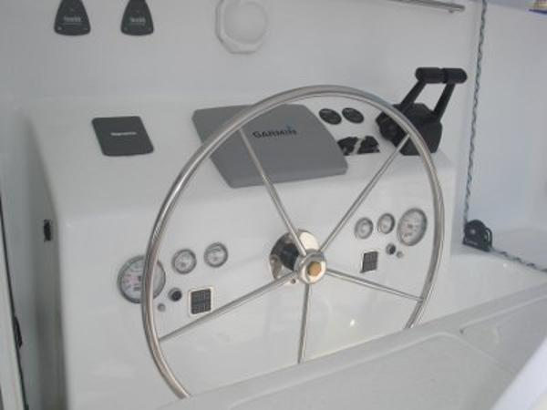FastCat 445 steering
