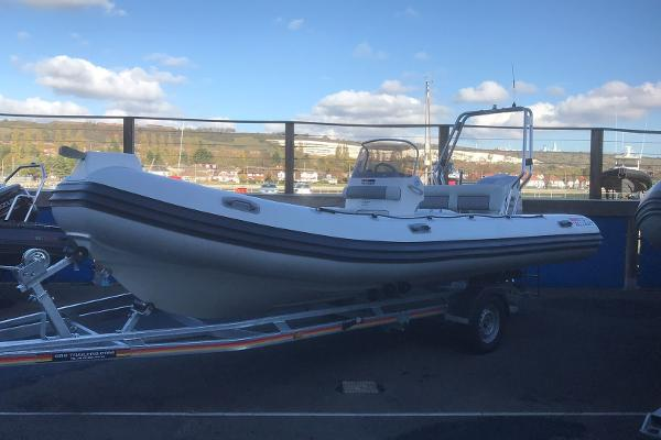 Valiant RIBs 620