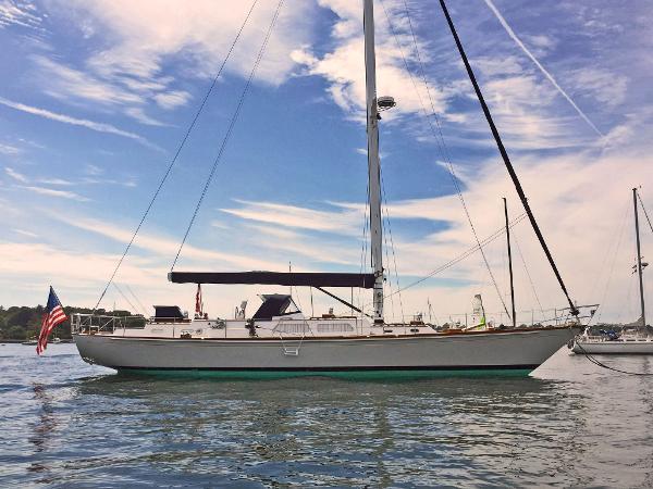 Hinckley 59 Starboard Profile