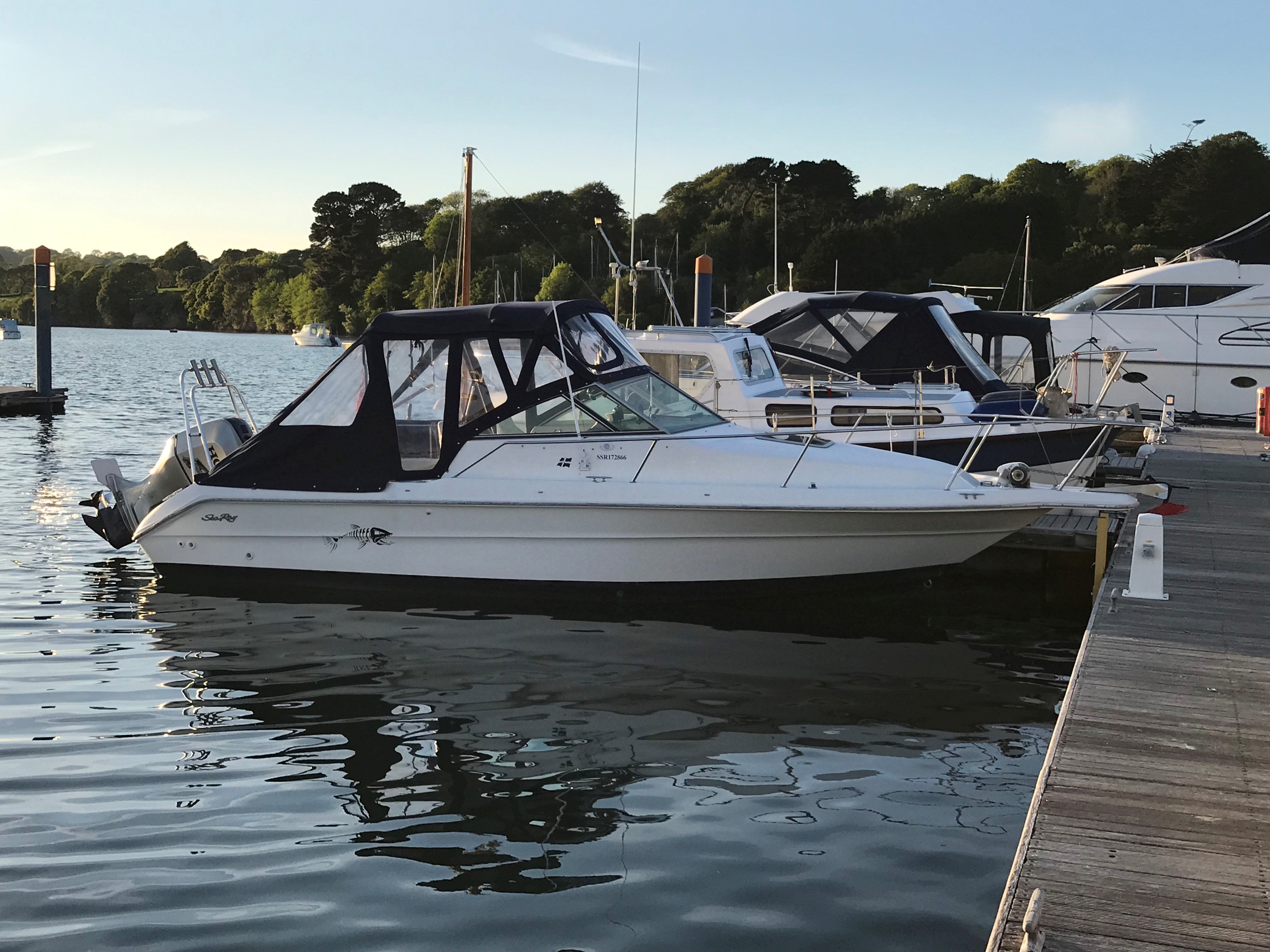 Sea Ray 23 Laguna SEARAY LAGUNA 23