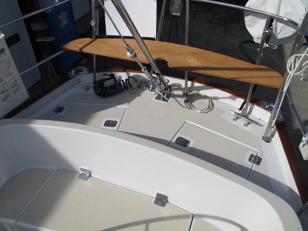 Stern seat - Morris 46