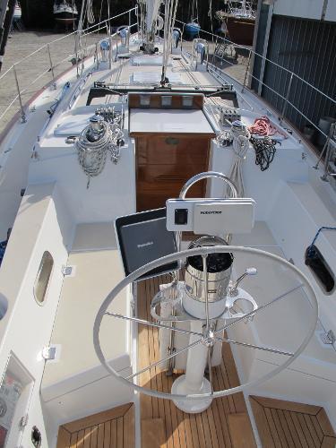 Deck looking forward - Morris 46