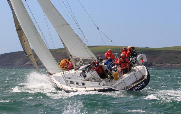 Maxi 1100 Skybird Sailing
