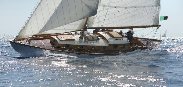 Jouet sloop 13,50m
