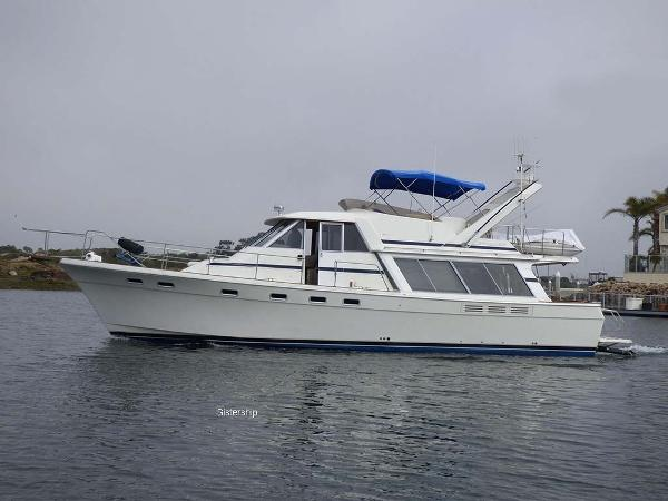 Bayliner 4550 Pilothouse Profile