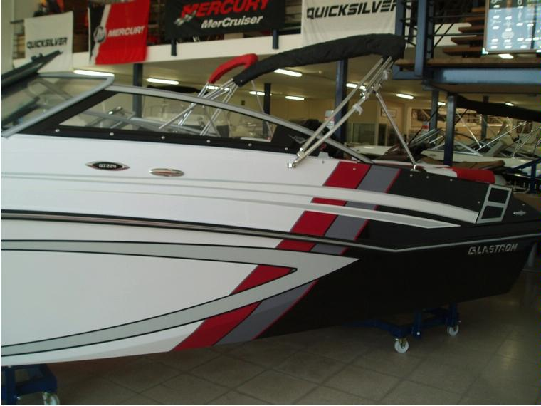 Glastron Boats Glastron GTS 229