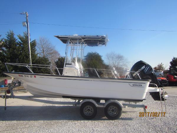 Used boston whaler 190 montauk boats for sale for Outboard motor shop oakland
