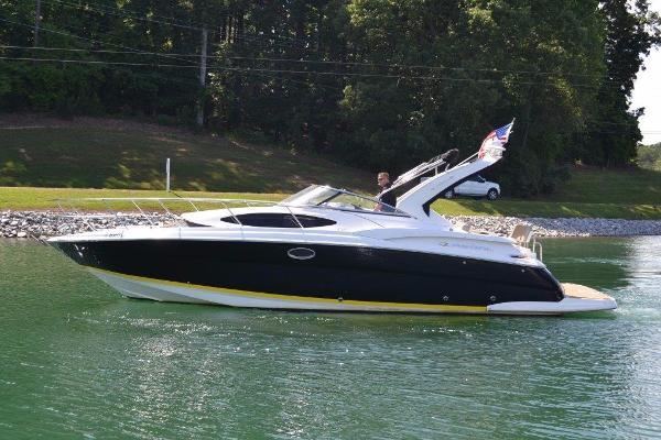Regal 35 Express Cruiser