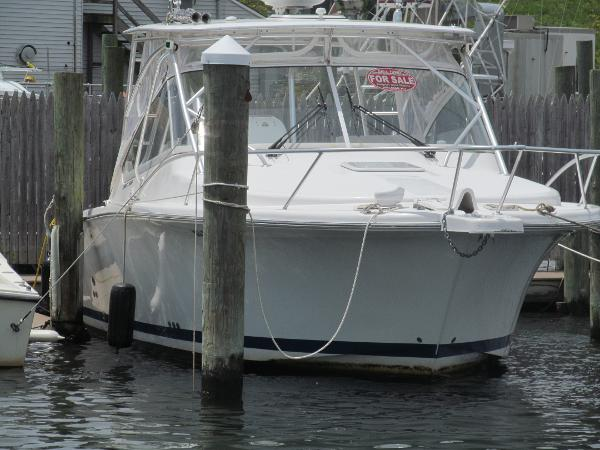Luhrs 28 Open Main Profile