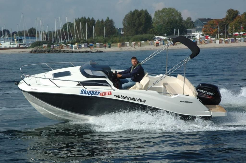 Quicksilver Activ 555 Cabin  80 PS LAGERBOOT