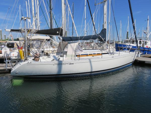 Beneteau First 405 Starboard Side