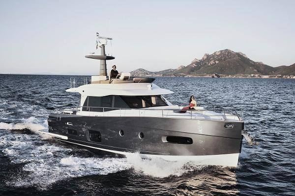 Azimut Magellano 53 Manufacturer Provided Image