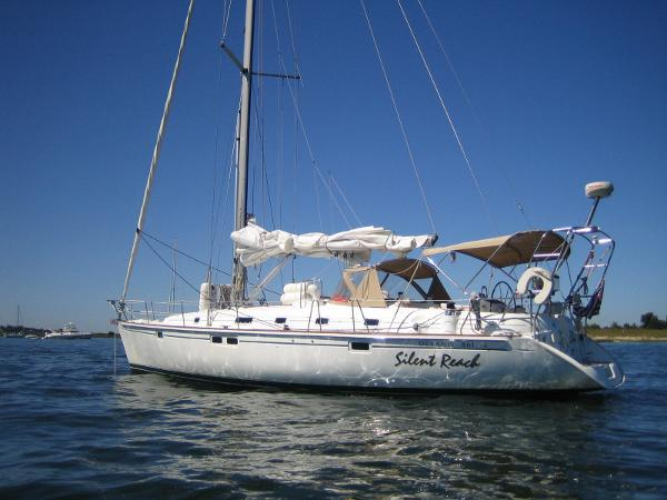 Beneteau Oceanis 461 with Bow Thruster
