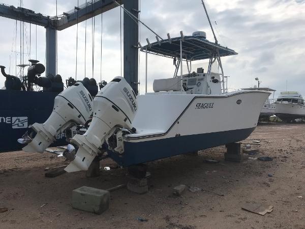 Catamaran 27