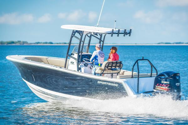 Sportsman Heritage 231 Center Console Manufacturer Provided Image