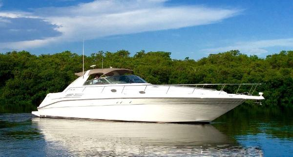 Sea Ray 400 Sundancer