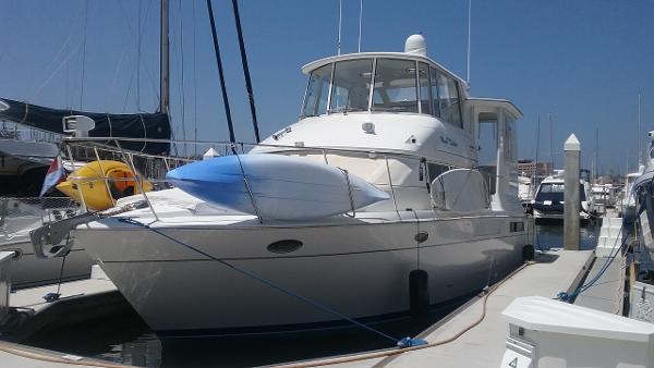 """Carver 500 Cockpit Motor Yacht 50' Carver 500 """"MAGIC DOLPHIN"""""""