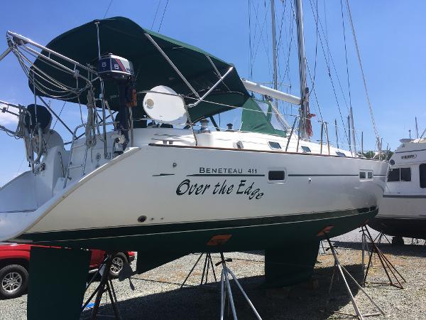 Beneteau 411 Starboard Quarter