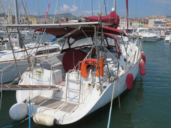 Beneteau Oceanis 411 Bénéteau Océanis Clipper 411  (40)