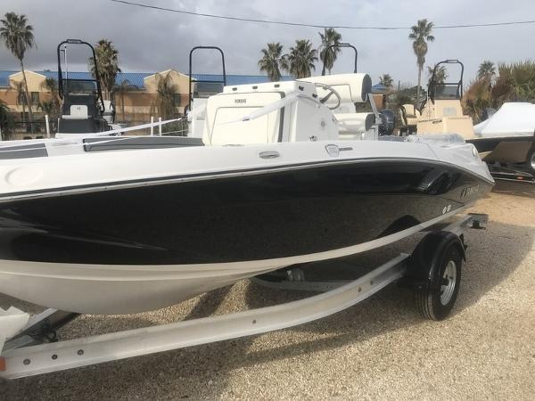 Yamaha Boats MOTOR CORP. 190FSH DELUXE