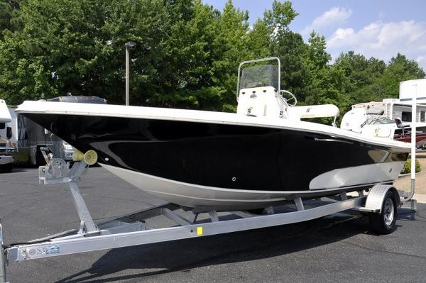 Sea Chaser 2100 CC