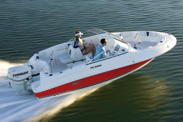 Wellcraft 180 Sportsman Manufacturer Provided Image