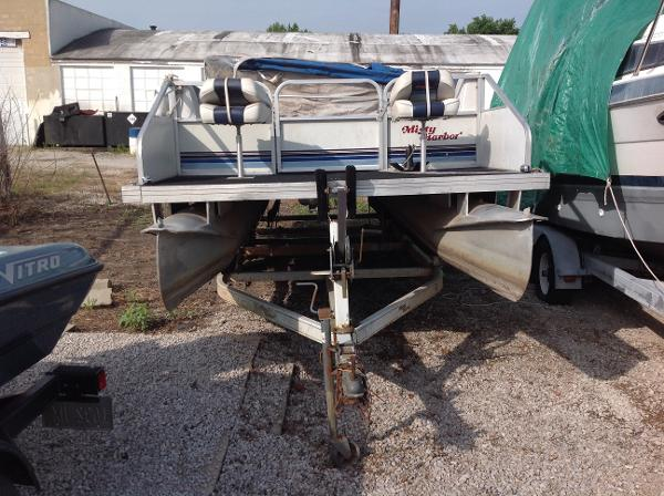 Misty Harbor 20'PONTOON
