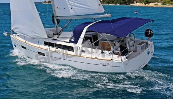 Beneteau Oceanis 38 Oceanis 38 - Foto Catalogo (1)