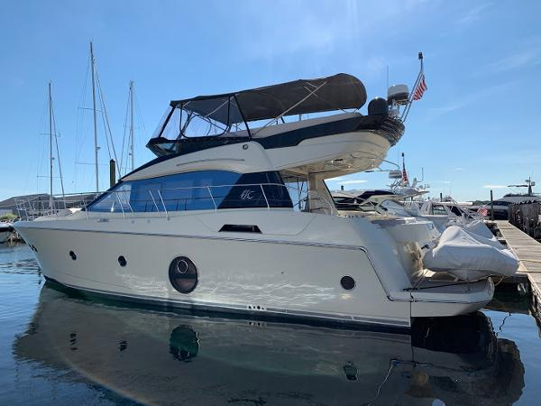 Beneteau Monte Carlo MC 5 Flybridge Monte Carlo MC5 Dream On Hull profile