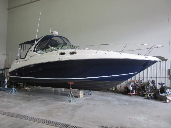 Sea Ray 320 Sundancer ON DISPLAY