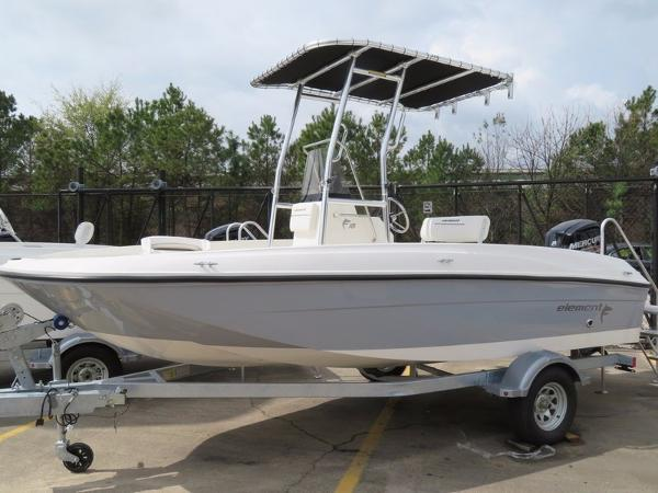 Bayliner Element F18 T-Top CC
