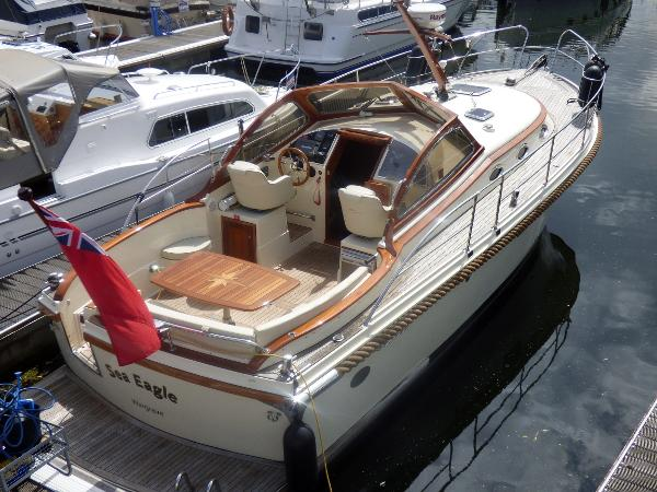 Intercruiser 34 Intercruiser 34 - Tingdene Boat Sales