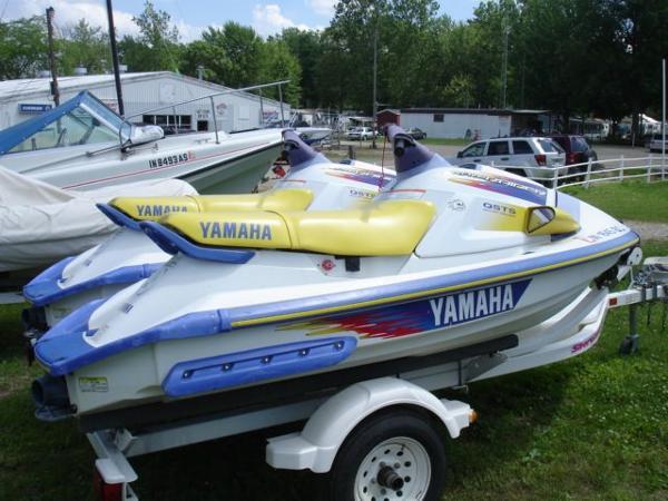 Yamaha WAVE RAIDER